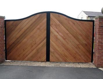 Ворота деревянные распашные своими руками – пошаговая инструкция. Типы конструкций деревянных ворот. Как сделать ворота из дерева своими руками.Информационный строительный сайт |