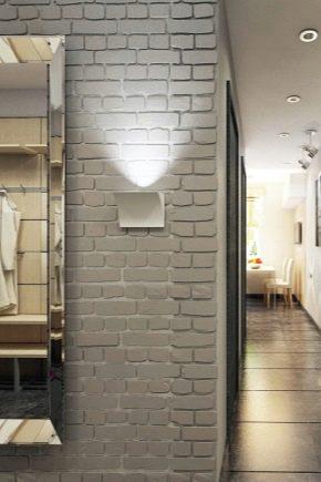 Декоративный кирпич в коридоре фото – оригинальный дизайн в виде кирпичной кладки в стиле «лофт» в прихожей, отделка белым кирпичом в интерьере
