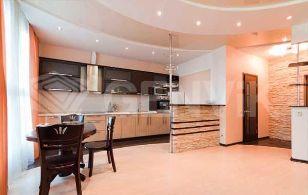 Кухни в потолок фото – Фотопримеры с различными вариантами дизайна кухонь с натяжными потолками: 70 фото